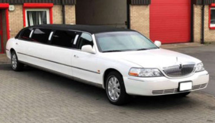 El 8 Seater Limo